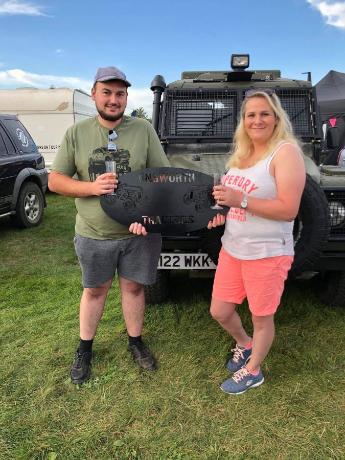 Unsworth tractors sign Land Rover show